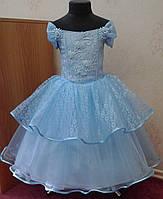 Пышное голубое детское платье из гипюра на 5-7 лет