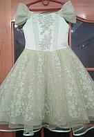 Блестящее салатовое детское платье на 5-7 лет