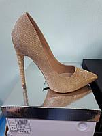 Золотые,красивенные туфли классика шпилька 10,5-11см
