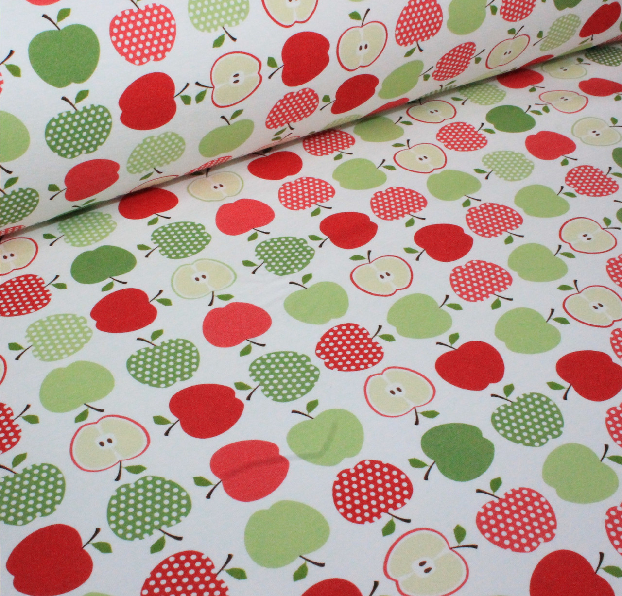 Футер красочные яблоки на айвори (цифровая печать) №054