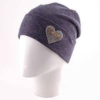 Женская шапка украшенная сердцем в расцветках c-t1207286
