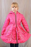 Красивое демисезонное пальтишко-плащ с вышивкой на девочку, р. 104,110,116,122,128