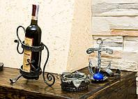 Кованая подставка под бутылку с пепельницей и подсвечником