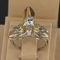 Необычное кольцо с топазом и фианитом, внешне покрытое платиной.(18897) 18