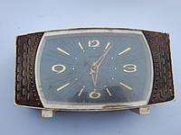 Часы настольные МАЯК  6360