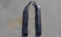 Стойка передней двери ВАЗ 2121,21213 Нива Тайга (Лев,Прав)