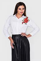 Белая голубая женская рубашка с вышивкой