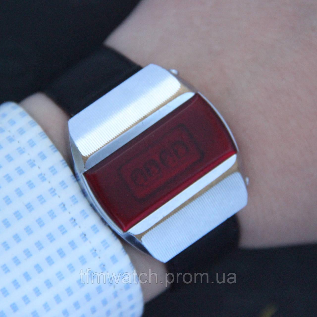 Купить Наручные часы электроника