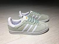 Кроссовки в стиле Adidas Gazelle Suede Light Green женские