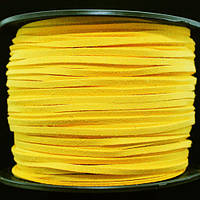 Шнур Замшевый, Цвет: Желтый, Размер: Ширина 3мм, Толщина 1.5мм, 90м/катушка, (УТ000006213)