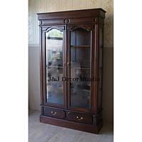 Большой шкаф с стеллажами с элементами ручной резьбы