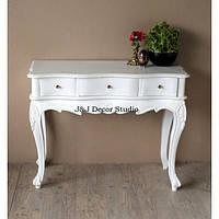 Стильный пристенный столик (консоль) с выдвижными ящиками, резьбленный
