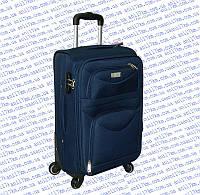 Средний дорожный чемодан на четырёх колёсах