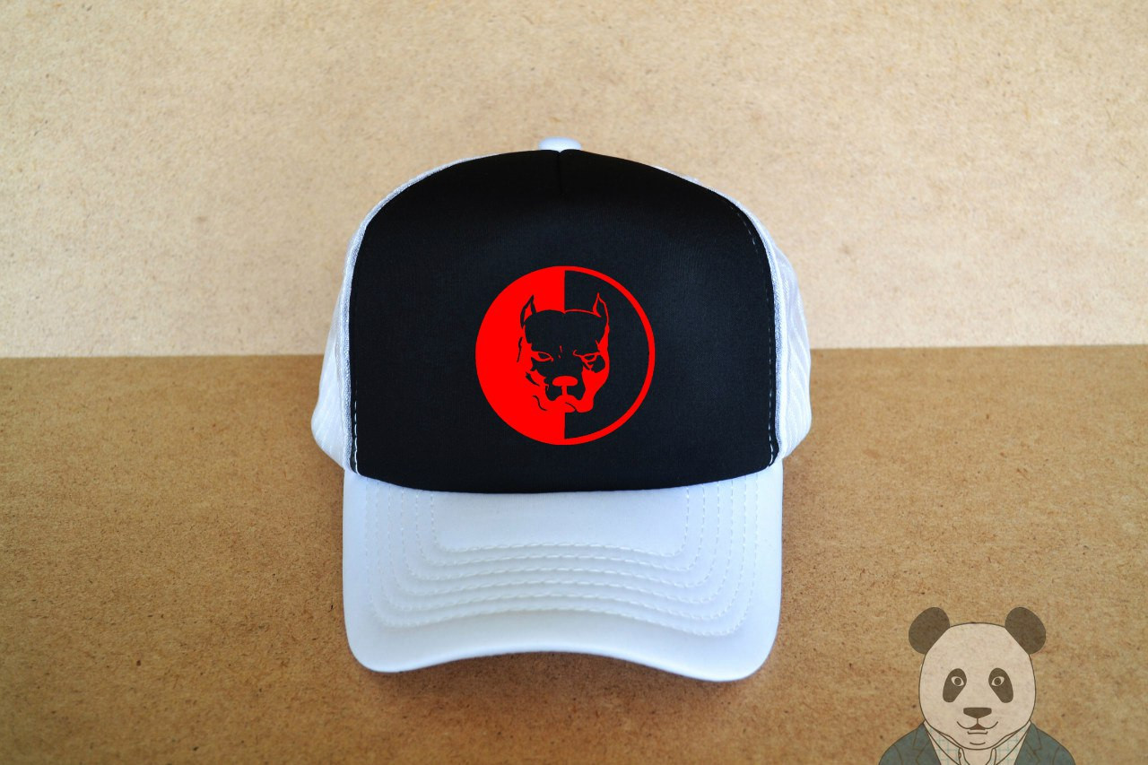 Спортивная кепка с принтом