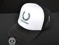 Спортивная кепка с надписью