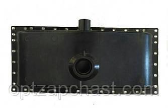 Бачок радіатора ЮМЗ верхній (пластмаса)