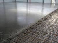 Устройство промышленных бетонных полов (с упрочнённым верхним слоем)