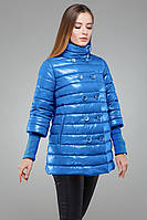 Стильная демисезонная куртка-трапеция с пуговицами в два ряда, цвета электрик