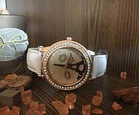 Часы женские Paris (белые)