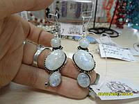 Шикарные серьги с натуральным лунным камнем в серебре. Индия!