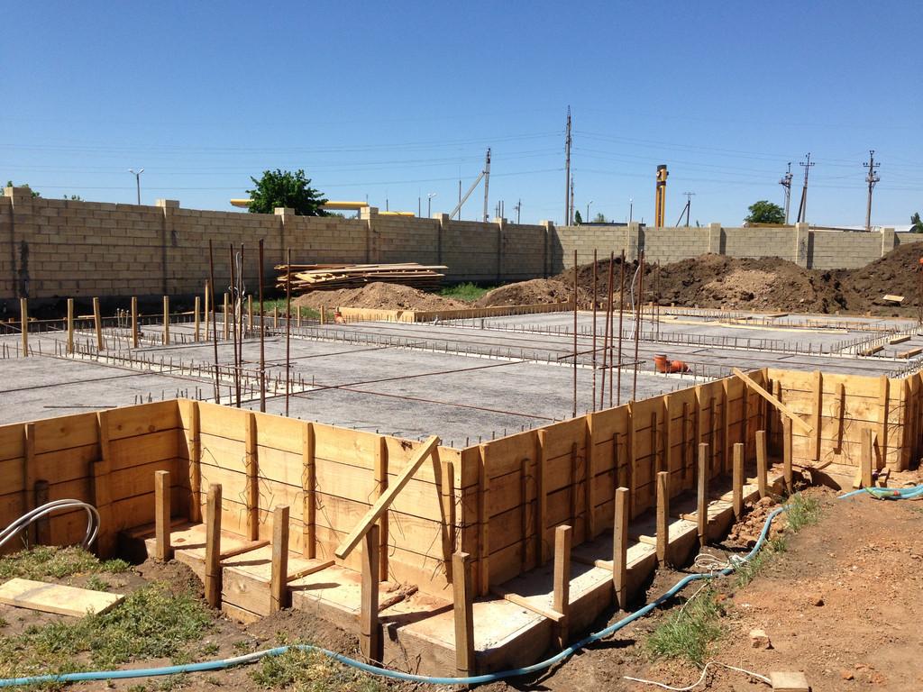 Строительство фундамента ( Частный дом 250 м.кв.) 25