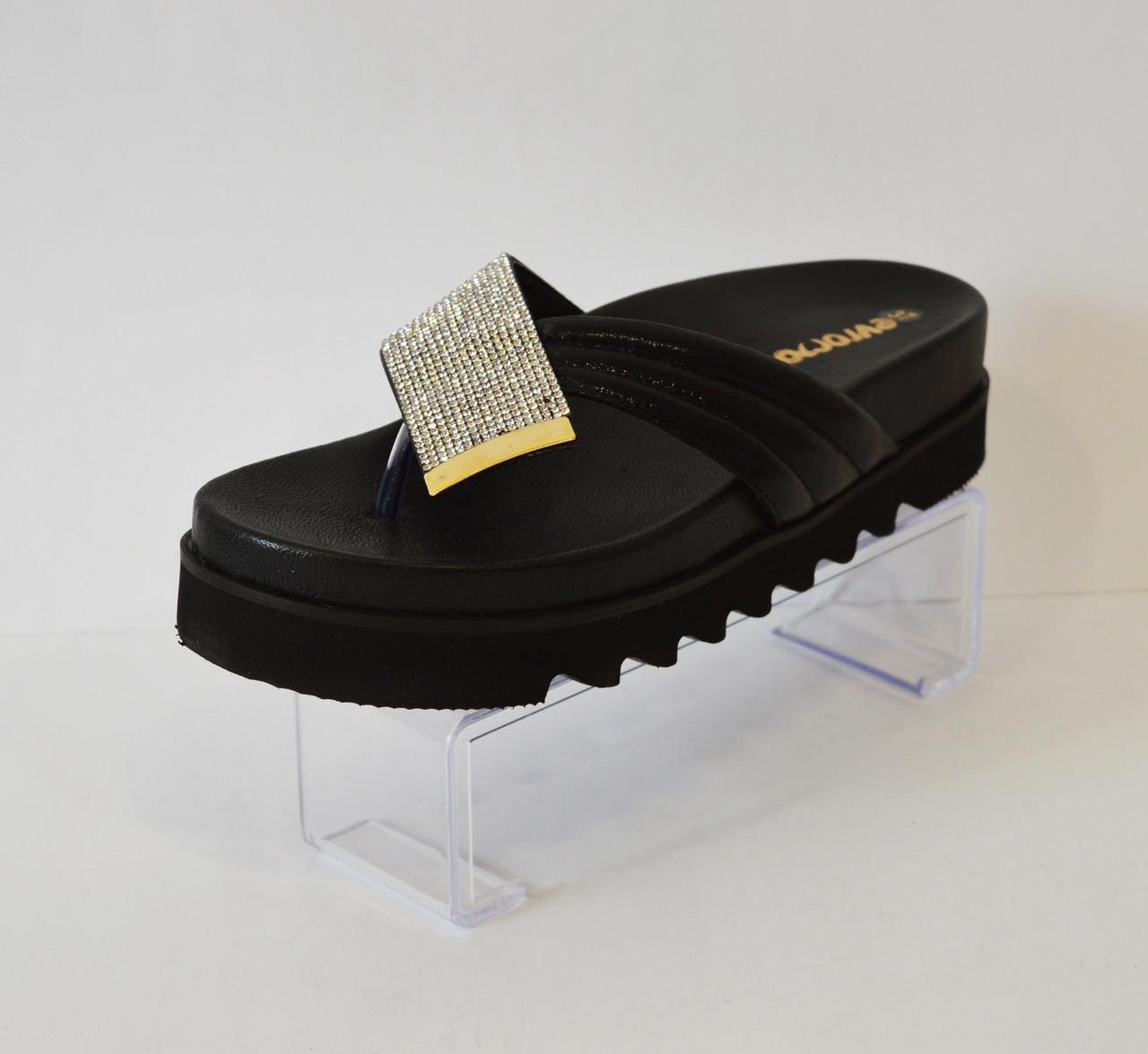 Женские черные шлепанцы Euromoda 156-1620