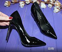 Женские туфли лодочки черные лакированные р.38,39,41