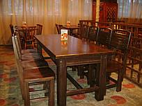 Столи для барів, ресторанів