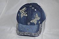 Джинсовая женская кепка с камнями
