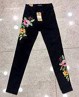 Стильные женские джинсы с вышивкой в больших размерах (DG-ат  4604)