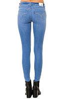 Женские летние джинсы скинни  Levis knit  superskinny голубой  бедра 94-98