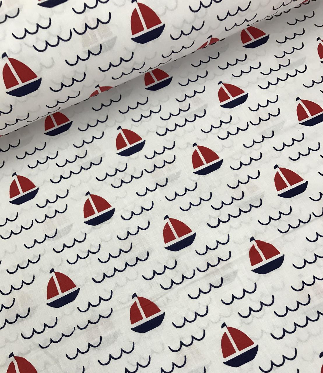 Хлопковая ткань польская кораблики красно-синие с волнами