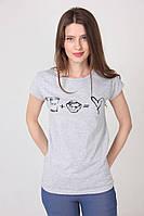 Светло-серая женская футболка