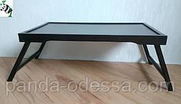 Столик для сніданку з коричневою стільницею