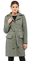 Стильное демисезонное пальто с поясом