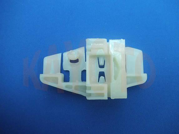 Каретка направляющая стеклоподъемника Citroen C3 2002-2009 задняя левая дверь, фото 2
