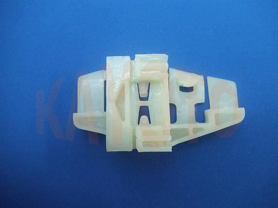 Каретка направляющая стеклоподъемника Citroen C3 2002-2009 задняя правая дверь, фото 2