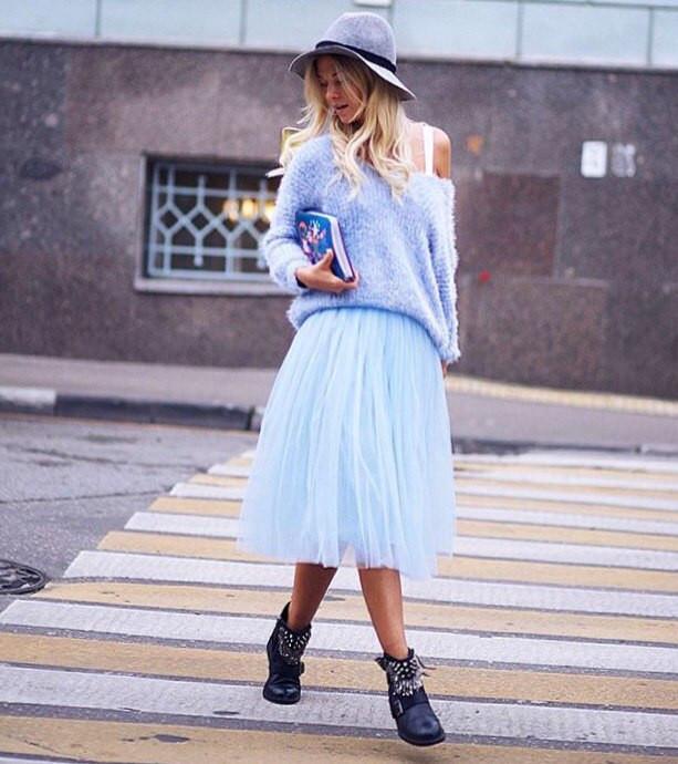 Фото юбки голубого фатина