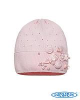 Красивая детская шапочка для девочки украшена цветами и бусинами, BARBARAS (Польша)