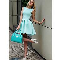 Платье мятного цвета летнее из еврокрепа с юбкой в складку