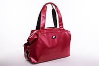 Стильная спортивная красная сумка Nike