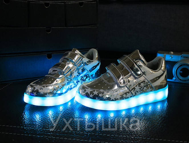 5b44f786 Детские Светящиеся кроссовки лед LED, Америка серебро: продажа, цена ...
