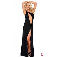 Откровенное черного цвета платье с блестящей фурнитурой