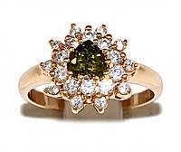 Кольцо фирмы Xuping.Цвет: позолота .Камни: белый и оливковый циркон. Есть с 16 по 20 размер.