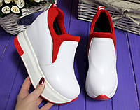 Стильные женские кроссовки-сникерсы,высота танкетки 10 см,цвет белый