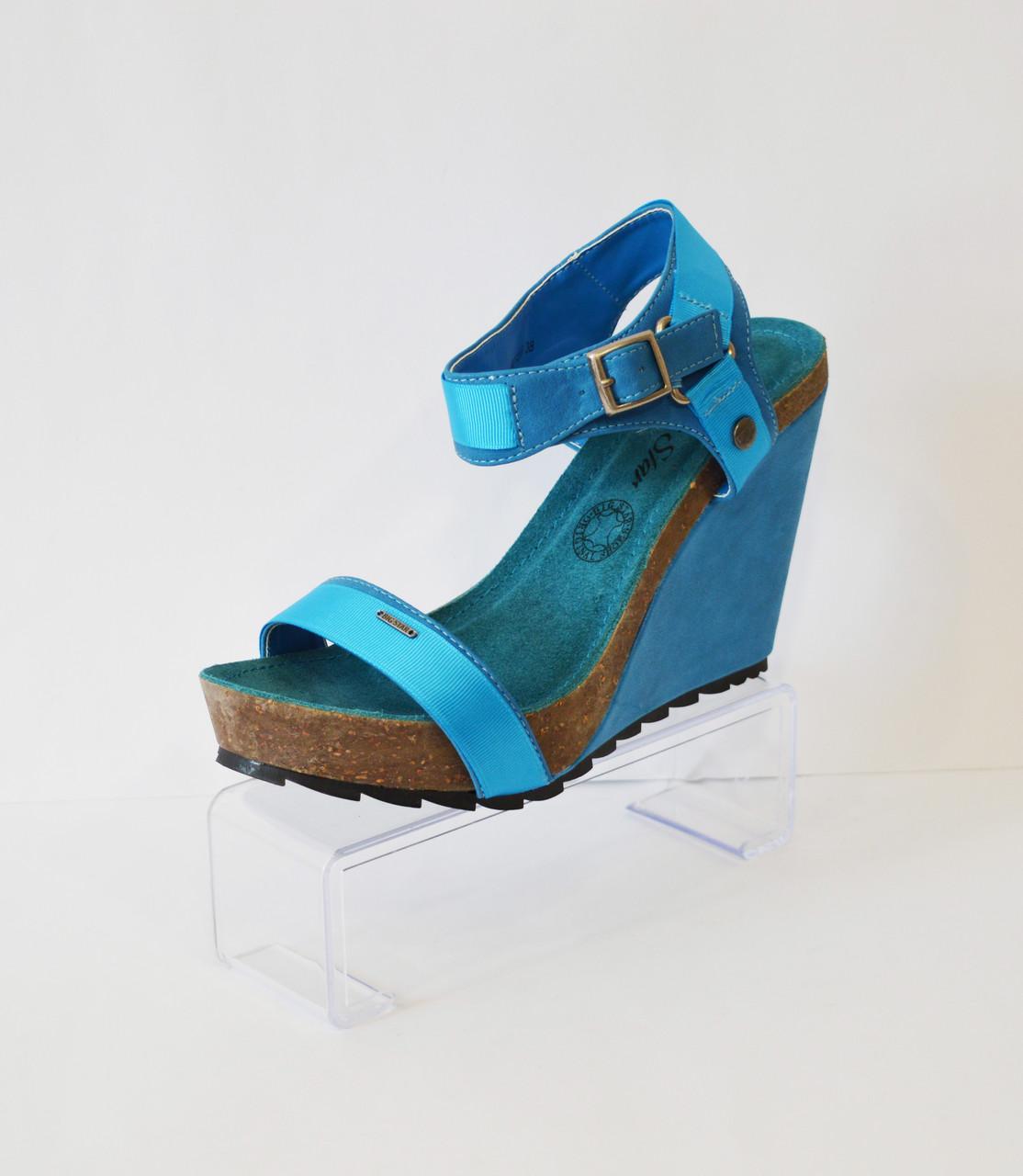 Женские синие босоножки Big Star
