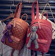 Рюкзак женский кожзам городской Стеганный мишка в комплекте