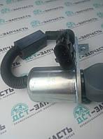 Електроклапан топливного насоса (глушилка) на двигатель Cummins 8.3, 5.9, 3.8, 4942879