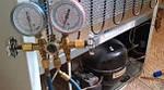 Наполняем холодильное оборудование фреоном