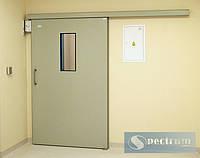 Лакированные двери с прямоугольным окном